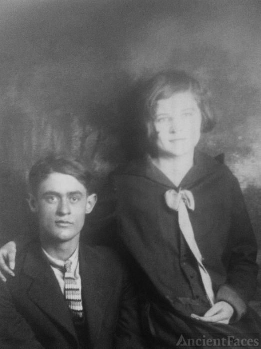Robert & Addie (Zachary) Jaynes? Indiana 1927