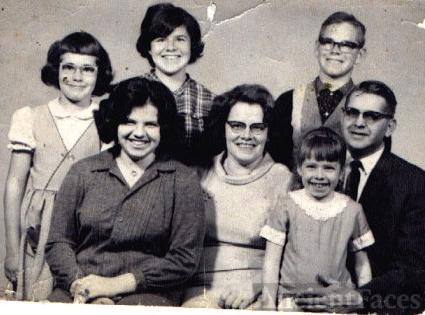1965 Carl & Clarabel & Family