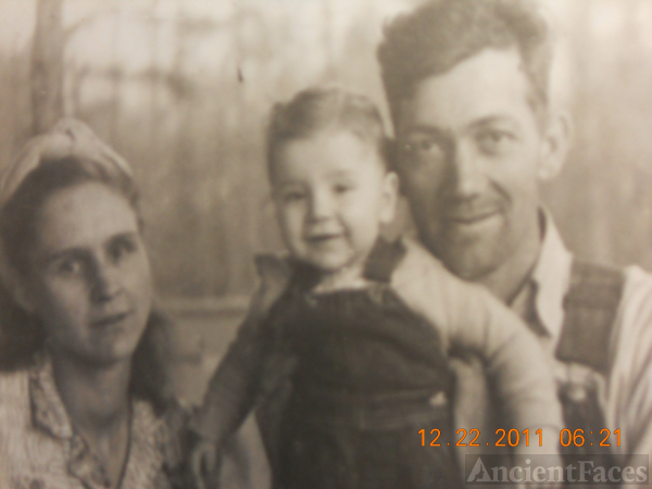 Johnie, Frances, and Billy Ledford