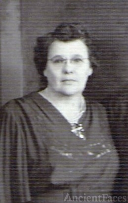Betty (Wilson) Saffel