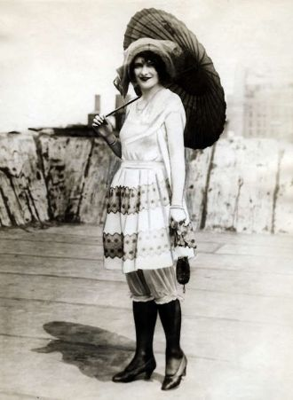 Beach Fashion 1926