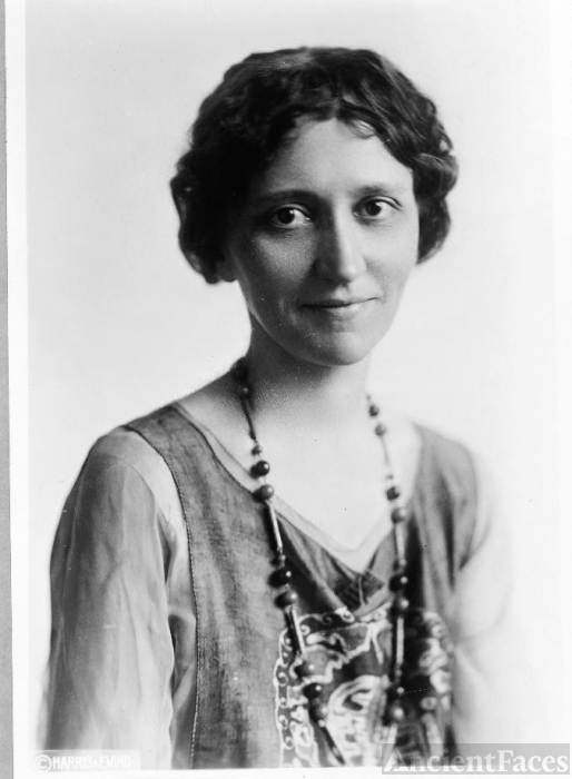 Sue Shelton White circa 1920