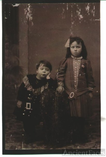 Charles and his sister, my grandmother Antoinette Campeau 1907
