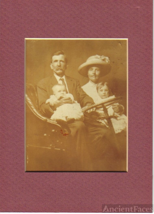 George Mosely and Mary Lee Hicks Fielder
