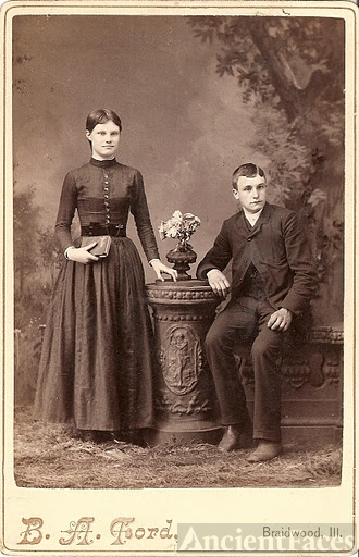 Unknown Couple Braidwood Illinois