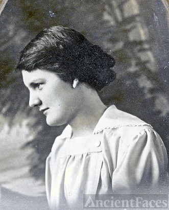 Esther L. Mize