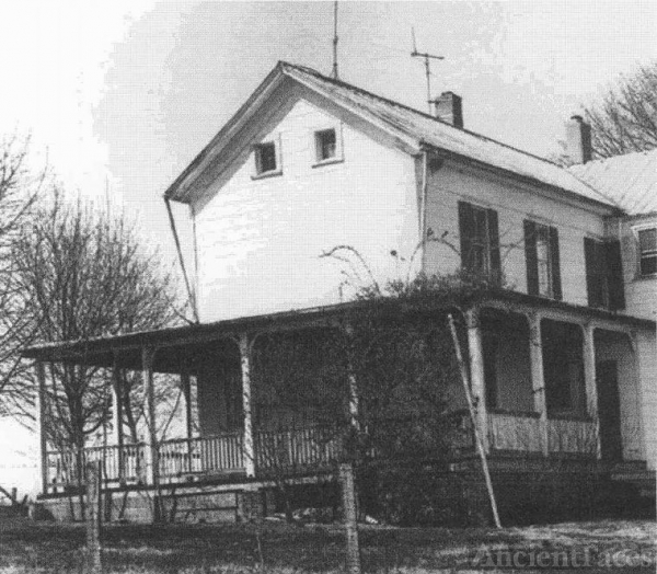 Homestead of James Samuel and Sarah Cooley Mills