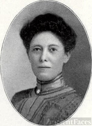 Hattie Adelia Phillips, 1905