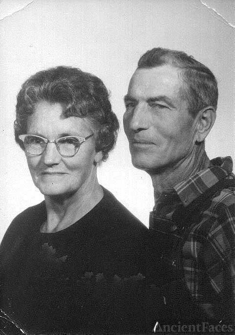 Lon and Mae Elliott