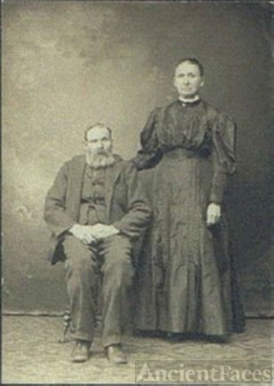 Rev. Erastus Harvey & Betsey Bettis