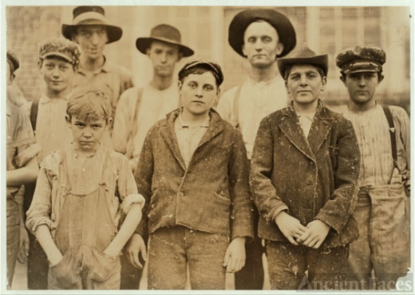 Payne Cotton Mill, Macon, Ga. Boy with hands in pockets...