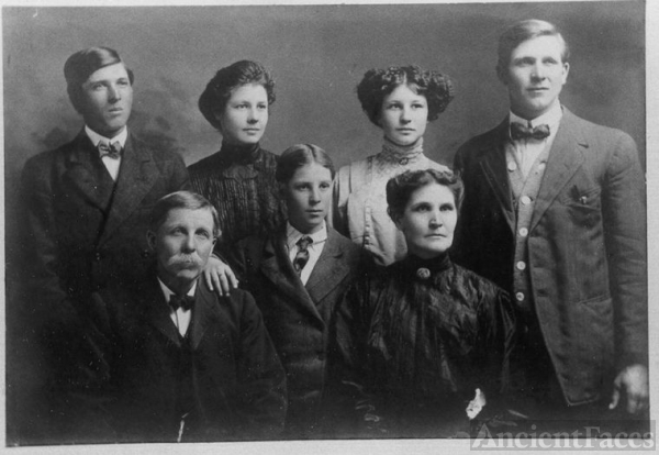 Reese and Mary Jane Boyle & family