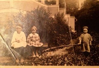 Mable, Myrtle & Clarence Meier