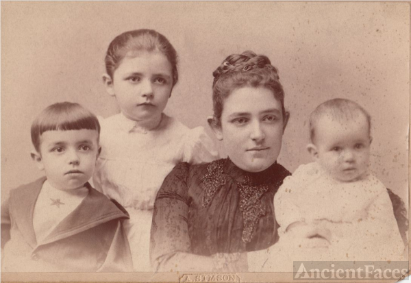 Family Portrait in early 1900s