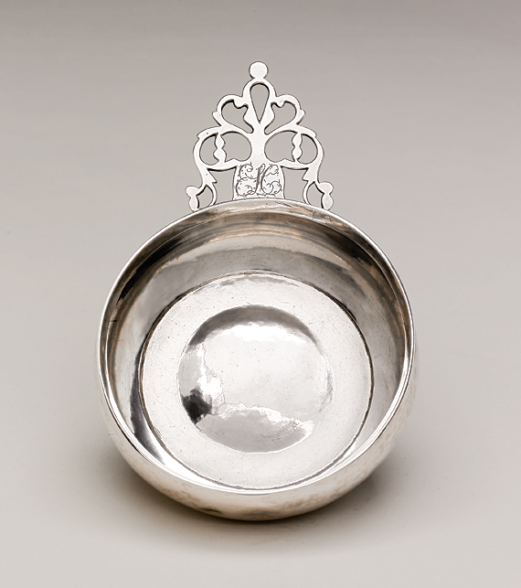 "Porringer by Benjamin Bunker (1751–1842) Nantucket, ca. 1800 Diameter 5-1/2 inches (14 cm.) Inscription ""ELC"" on handle front and maker's mark ""BB"" on reverse Silver (1995.26.1)"