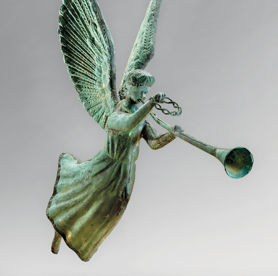 Flying Fame weathervane, possibly N.Y., ca. 1880–1890 Copper, zinc, traces of original gold leaf, verdigris H. 30, W. 31, D. 12 in.