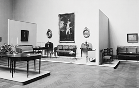 Fig. 1: Gallery view of the 1922 exhibition Furniture from the Workshop of Duncan Phyfe, 1768–1854. Photographer unknown. Courtesy, The Metropolitan Museum of Art, New York.