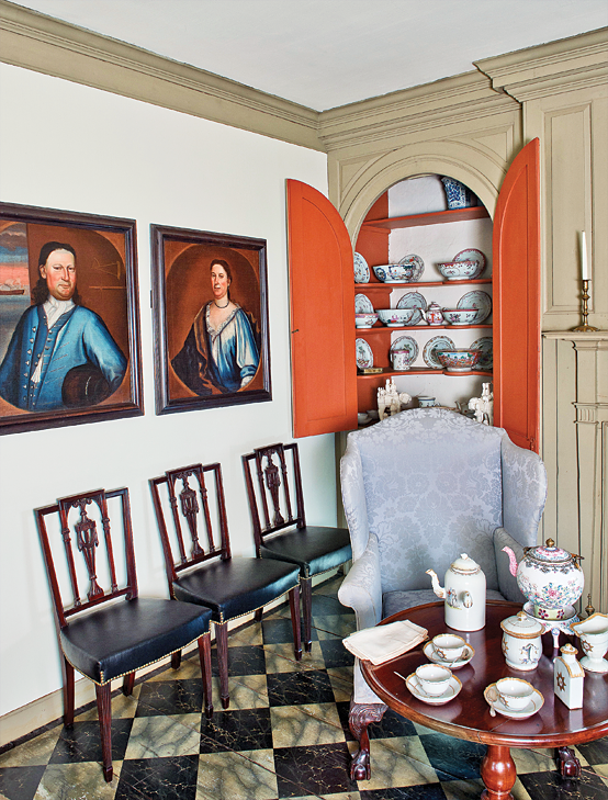 Fig. 1: View of Van Cortlandt Manor House parlor showing portraits of Captain Caleb Beck and Anna Mol Fairly Beck, att. to Nehemiah Partridge (1683–ca. 1737), Schenectady, N.Y., 1724–1725. Oil on canvas, 30 x 26 inches; 29-3/4 x 25-5/8 inches. Photography by Bryan Haeffele. (VC.58.19, 20).