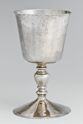 Fig. 1: John Hull (1624–1683) and Robert Sanderson Sr. (ca. 1608–1693), Wine Cup, Boston, Mass., ca. 1660. Silver. H: 6-7/8, Diam. foot: 4-1⁄16; WT: 10 oz. 4 dwt. (318.4 g). Promised Gift of Roy J. Zuckerberg (L.2008.22).