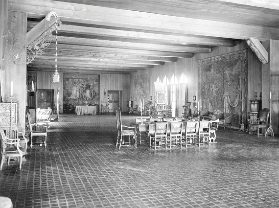 Fig. 5: Tapestry Room, Isabella Stewart Gardner Museum. Photography by T. E. Marr and Son, 1926.