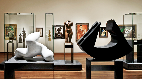 Reinstallation of the Modern Art Gallery. Photography © Marc Cramer