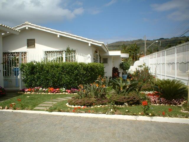 Casa-Codigo-8566-a-Venda-no-bairro-Santa Mônica-na-cidade-de-Florianópolis