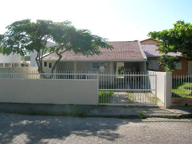 Casa-Codigo-9016-para-Alugar-no-bairro-Ingleses-na-cidade-de-Florianópolis