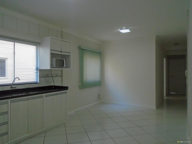 2. Sala/cozinha âng. 1