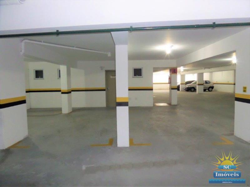 17. Garagens