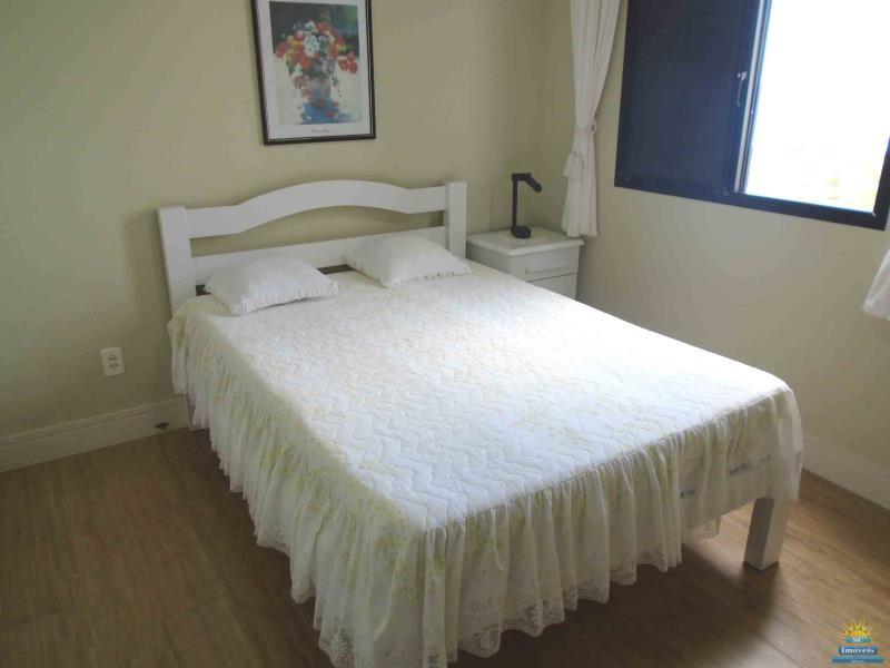 14. Dormitorio 1