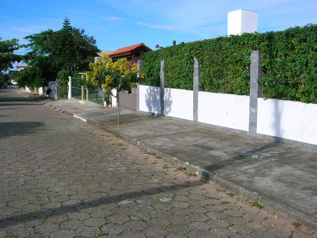 3. rua e fachada ang 1