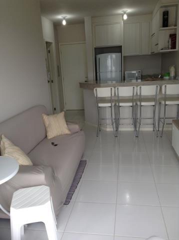 4. Sala de estar e cozinha âng.2