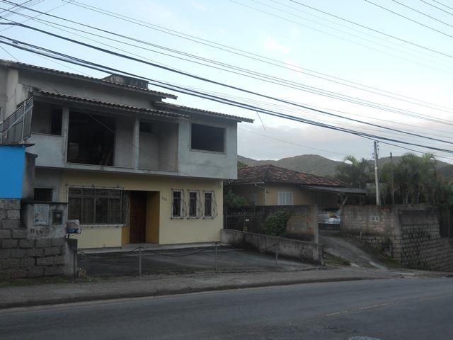 1. Casa frente I
