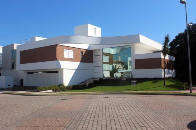 Casa-Codigo-11508-a-Venda-no-bairro-Jurerê Internacional-na-cidade-de-Florianópolis