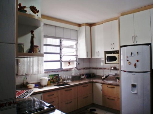 4. cozinha ângulo 1
