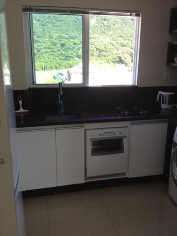 9. cozinha com janela
