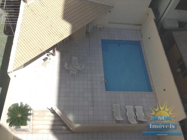 16. piscina