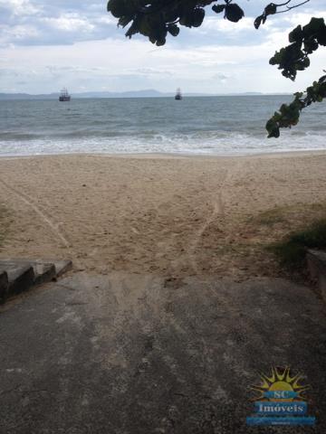 45. praia na frente