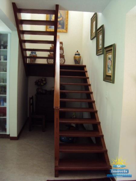 11. Acesso escada