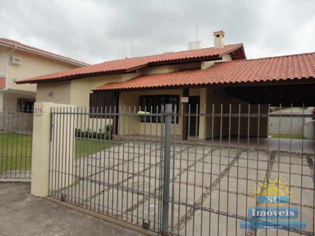 Casa-Codigo-12954-a-Venda-no-bairro-Ingleses-na-cidade-de-Florianópolis