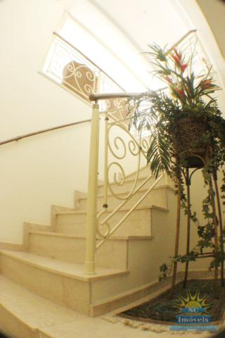 43. acesso piso superior