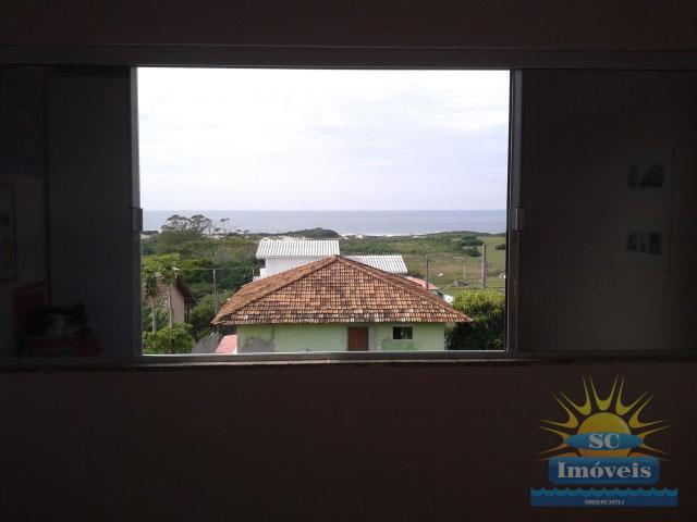 23. janela e vista para o mar do dormitório 1