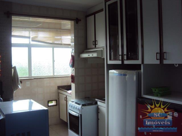 5. Cozinha e área de serviço