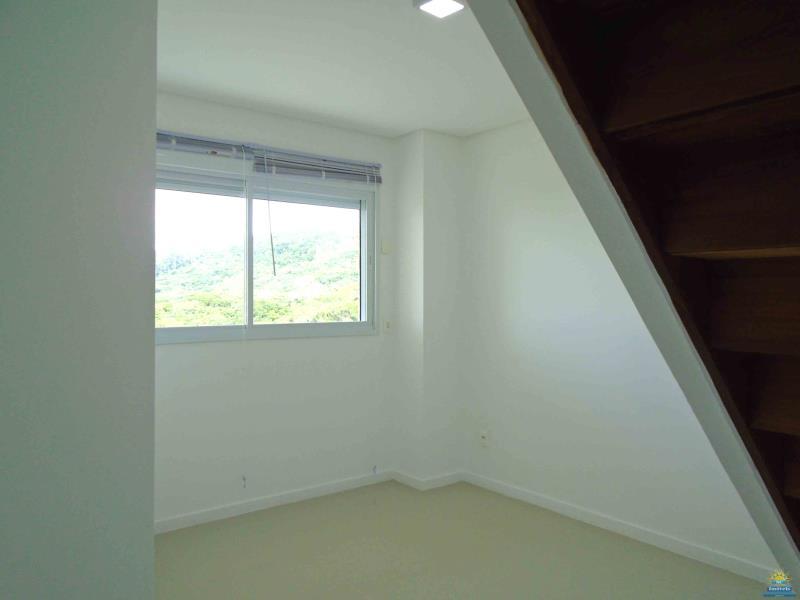 12. Dormitório 2