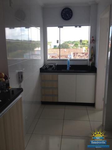 14. cozinha ampla