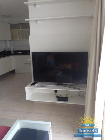 8. sala tv com moveis