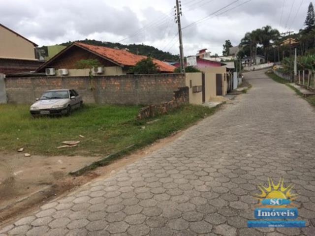Terreno Codigo 13583a Venda no bairro Sambaqui na cidade de Florianópolis