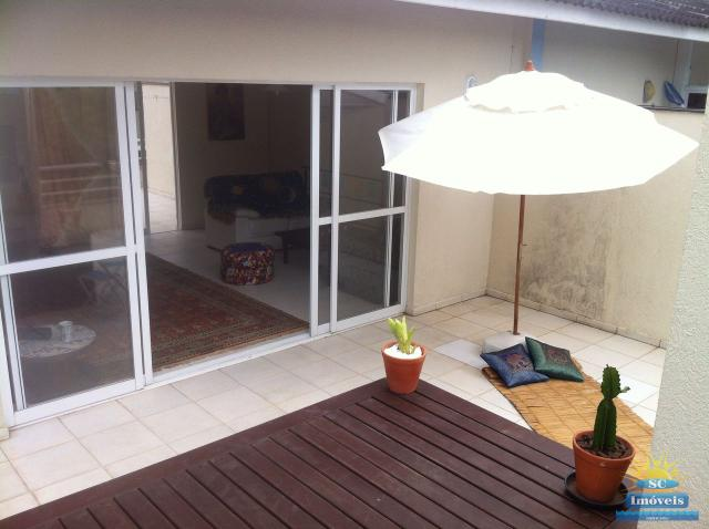 14. Deck terraço