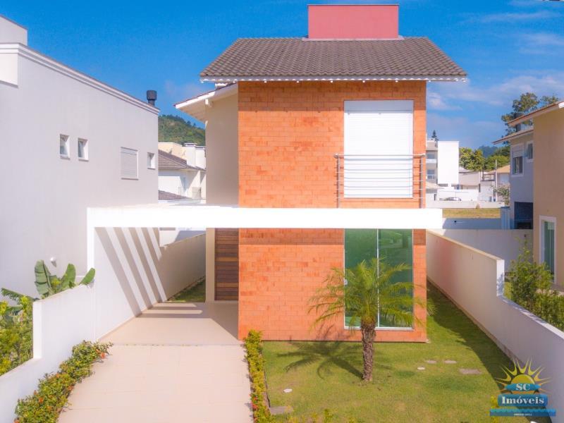 Casa Código 13633 a Venda no bairro Cachoeira do Bom Jesus na cidade de Florianópolis