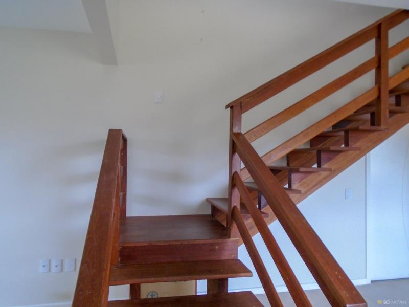15. Escada